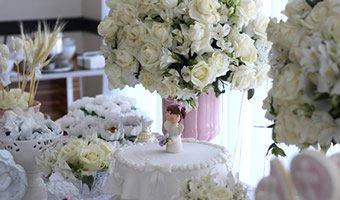 Aranjamente florale pentru botez